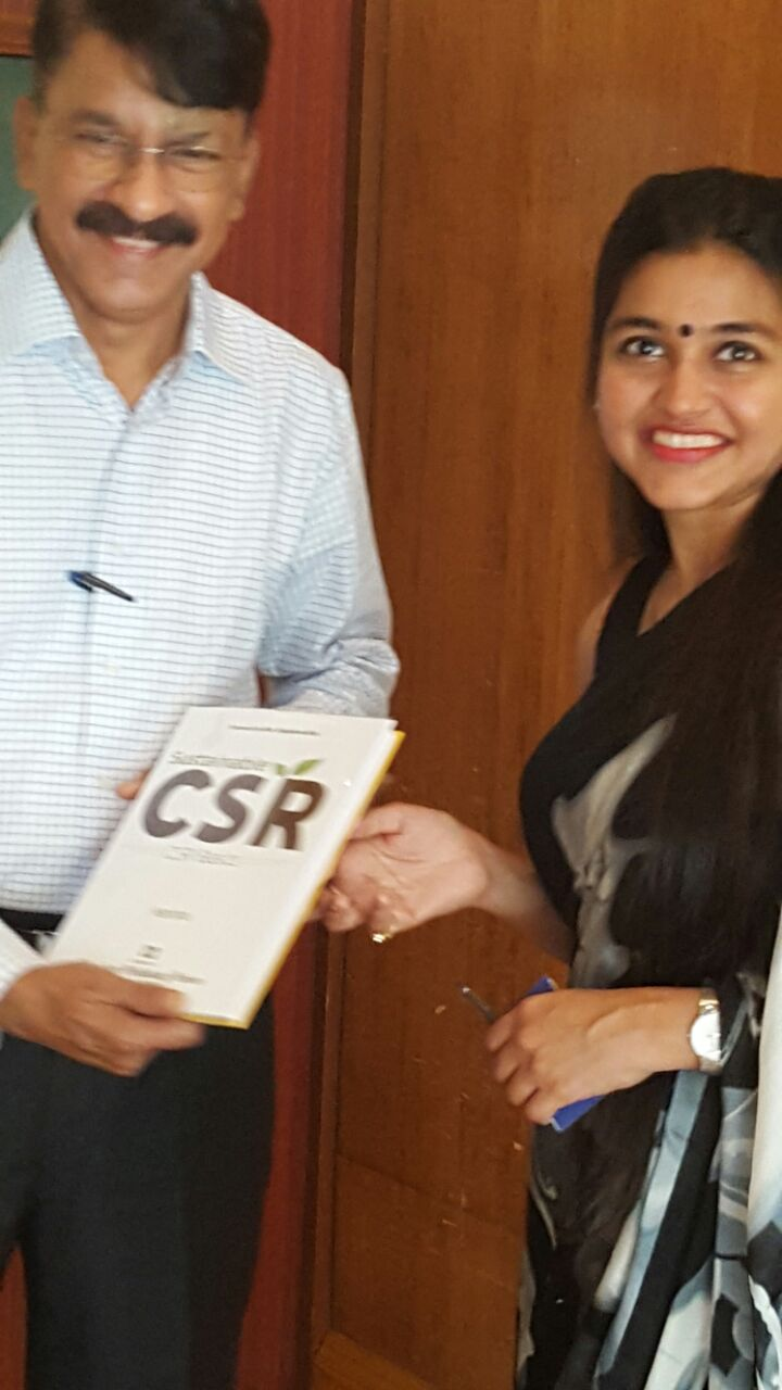 Presenting Sustainable CSR book